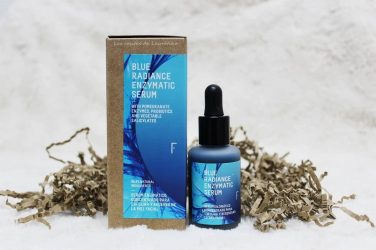 10 razones para regalar el serum Blue Radiance Enzymatic Serum